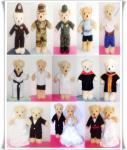 ขายตุ๊กตาหมีขนาด 12 นิ้ว พร้อมชุดมีชุดเที่ยว ชุดแต่งงาน ชุดอาชีพ ชุดปริญญา ฯลฯ ต